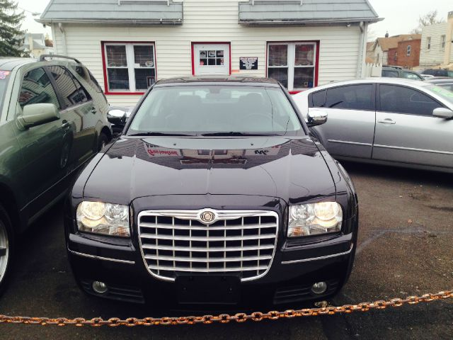 2010 Chrysler 300 for sale in Philadelphia PA
