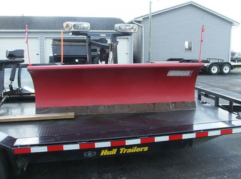 1900 WESTERN 7.6 FT SNOW PLOW