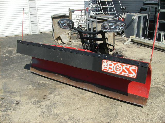 2011 BOSS HEAVY DUTY 8FT.