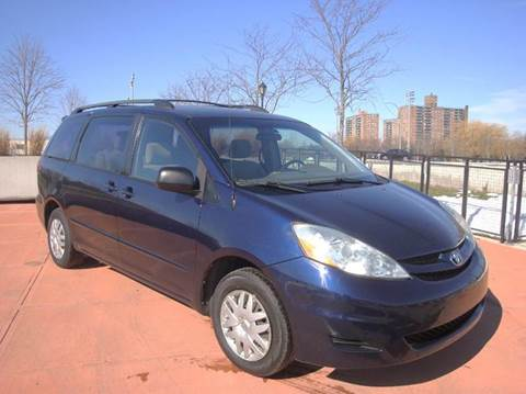 2006 Toyota Sienna for sale in Brooklyn, NY