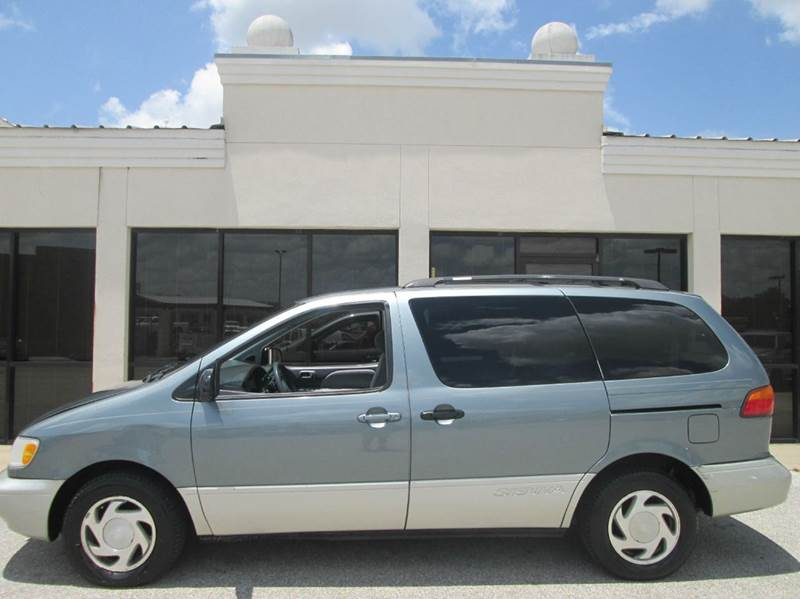 1999 Toyota Sienna For Sale In Texas