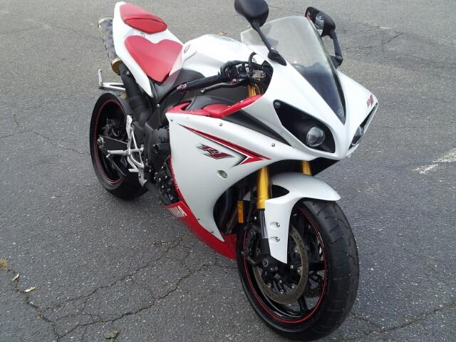 2009 Yamaha YZF-R1  - Virginia Beach VA
