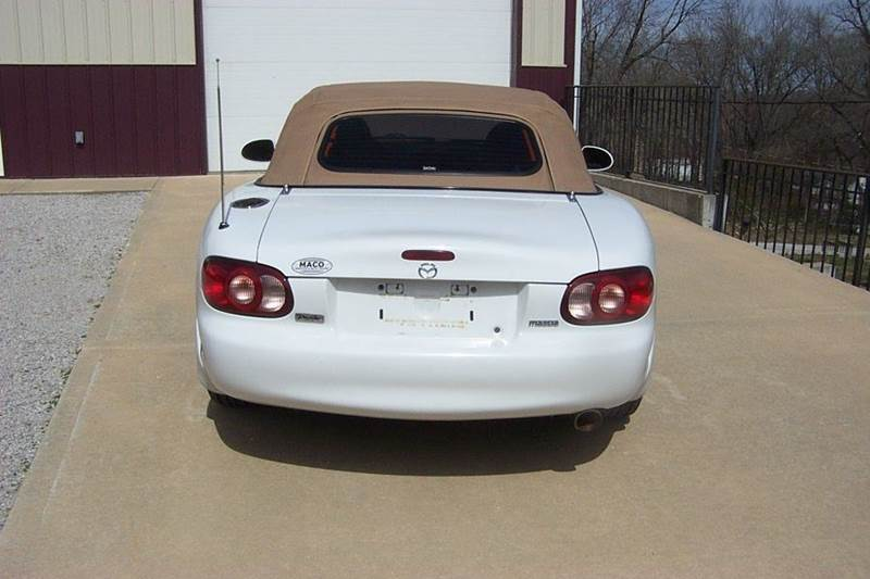 2001 Mazda MX-5 Miata  - West Line MO
