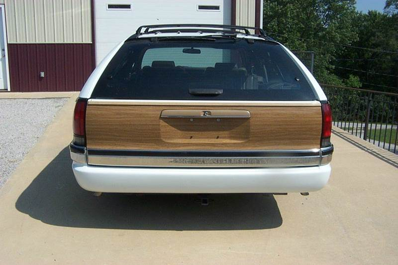 1996 Buick Roadmaster woodie - West Line MO