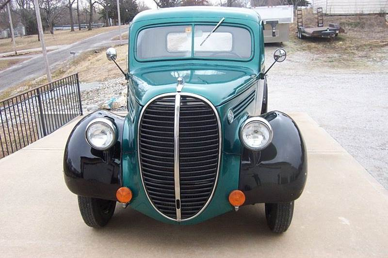 1939 Ford Deluxe standard - West Line MO