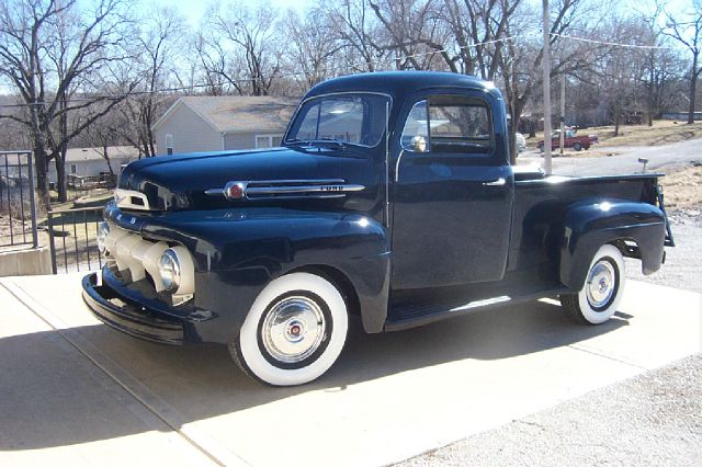 1952 Ford F-100