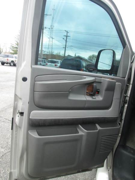 2005 Chevrolet G1500  - Maple Heights OH
