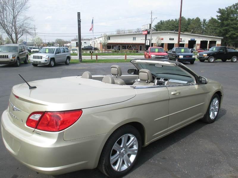 2010 Chrysler Sebring Touring 2dr Convertible - Mishawaka IN