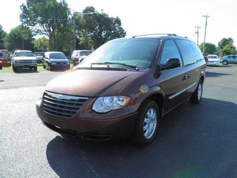 2007 Chrysler Town and Country for sale in Benton, KY