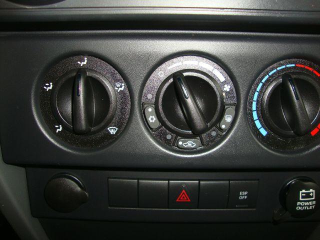 2008 Jeep JK Wrangler Unlimited 4 Door V6 Auto $17,995 BCDDBDD3-0E7C-4A00-A92C-91C8E0643A53_11