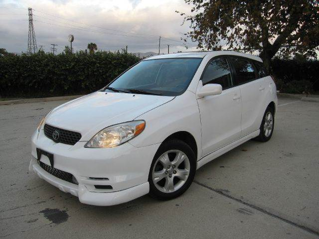 2004 toyota matrix xr 2wd in anaheim ca auto hub inc. Black Bedroom Furniture Sets. Home Design Ideas