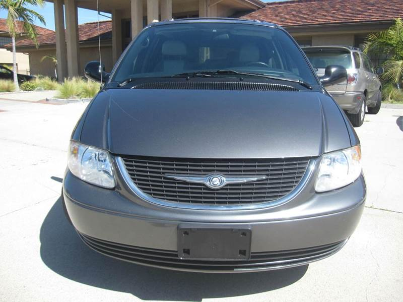 2004 chrysler town and country touring platinum series 4dr extended mini van in anaheim ca. Black Bedroom Furniture Sets. Home Design Ideas