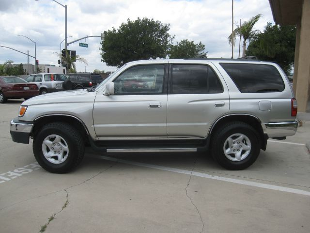 1999 toyota 4runner sr5 4dr suv in anaheim ca auto hub inc. Black Bedroom Furniture Sets. Home Design Ideas