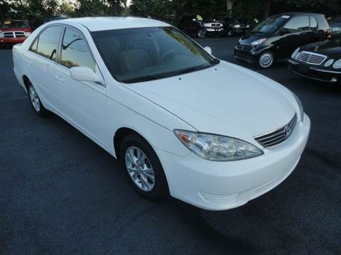 2005 Toyota Camry for sale in Grayson, GA