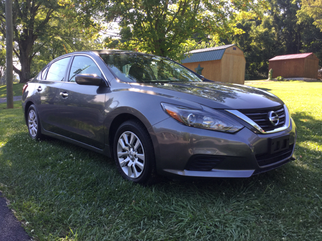 2016 Nissan Altima 2.5 S 4dr Sedan - Elizabethton TN