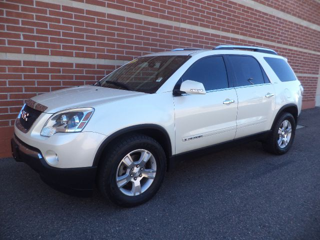 2007 GMC ACADIA AWD white this 2007 gmc acadia is the best suv for everyday use in the interior y