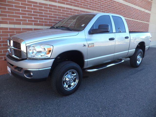 2008 DODGE RAM 2500 SLT QUAD CAB 4WD silver 2008 dodge 2500 slt cummins 67l v8 big horn edition
