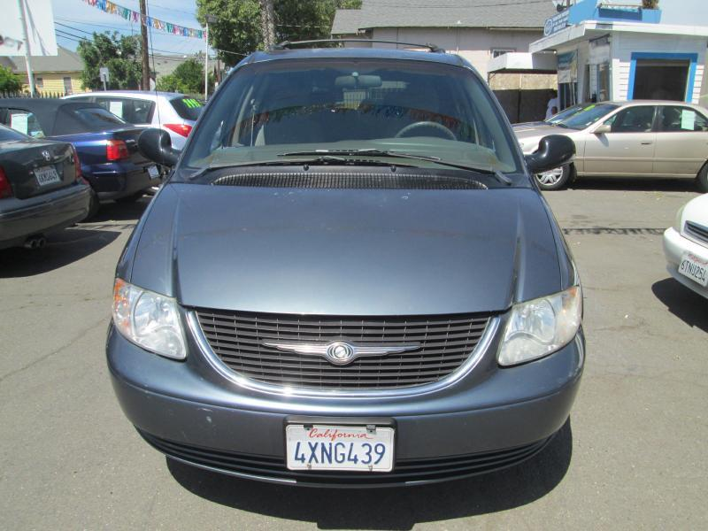 2002 chrysler town and country lx 4dr extended mini van in santa clara ca signature motors. Black Bedroom Furniture Sets. Home Design Ideas