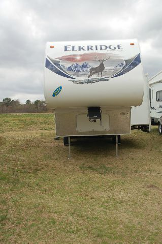 2011 Heartland Elkridge Express