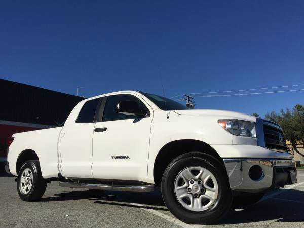 2011 TOYOTA TUNDRA 4X4 4DR DOUBLE CAB PICKUP SB 4 white 4wd selector - electronic 4wd type - p
