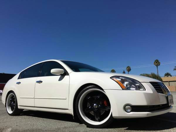 2004 NISSAN MAXIMA 35 SE 4DR SEDAN white abs - 4-wheel anti-theft system - alarm cassette cen