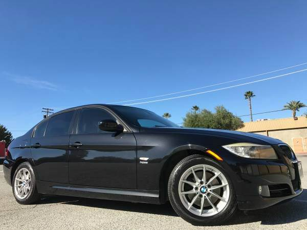 2010 BMW 3 SERIES 328I XDRIVE AWD  SULEV ENGINE W black it is one the clean bmw 328 with all whe