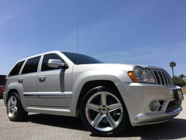 2007 JEEP GRAND CHEROKEE SRT8 4DR SUV 4WD silver 2-stage unlocking doors 4wd selector - electron