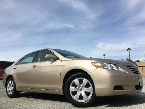 2009 TOYOTA CAMRY LE 4DR SEDAN 5A gold 2-stage unlocking doors abs - 4-wheel air filtration ai