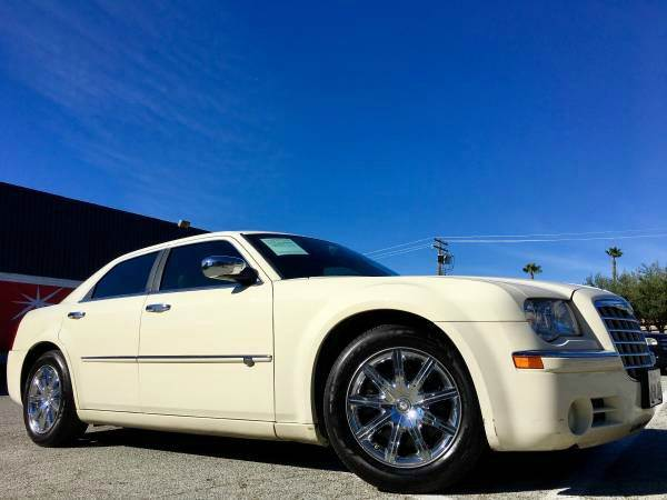 2009 CHRYSLER 300 C HEMI LOADEDWHY SRT 8 SRT8 white abs - 4-wheel air filtration airbag deact