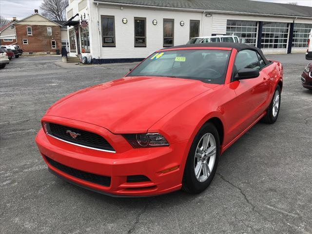 2014 Ford Mustang V6 2dr Convertible - Fogelsville PA