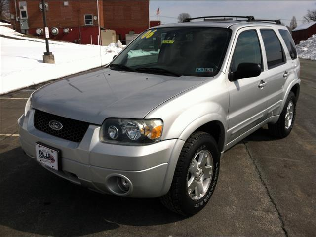 ford escape limited awd dr suv  sale