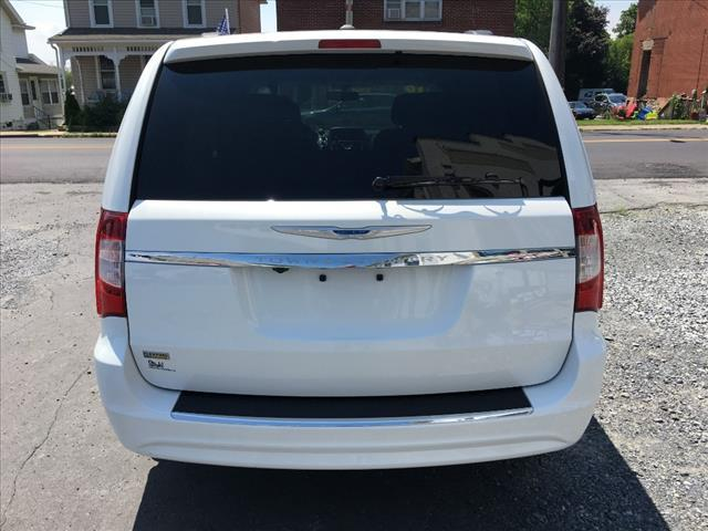 2016 Chrysler Town and Country Touring 4dr Mini-Van - Fogelsville PA