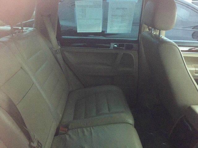 2004 Volkswagen Touareg AWD V8 4dr SUV - Albuquerque NM