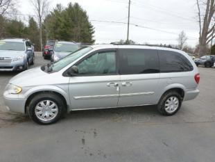 2005 Chrysler Town and Country for sale in Weaverville, NC