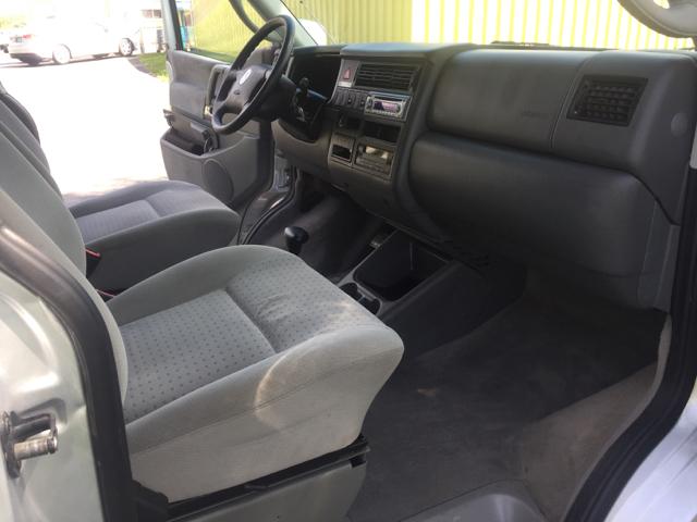 2003 Volkswagen EuroVan GLS 3dr Mini Van - Mishawaka IN