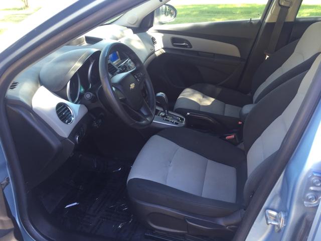2012 Chevrolet Cruze LS 4dr Sedan - Mishawaka IN