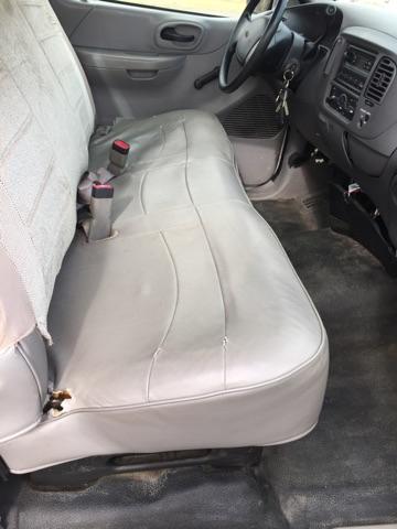 2000 Ford F-150 XL 2dr Standard Cab LB RWD - Mishawaka IN