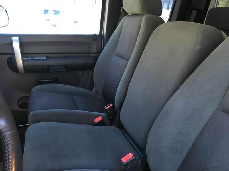 2009 Chevrolet Silverado 1500 4x4 LT 4dr Extended Cab 5.8 ft. SB - Belmont NH