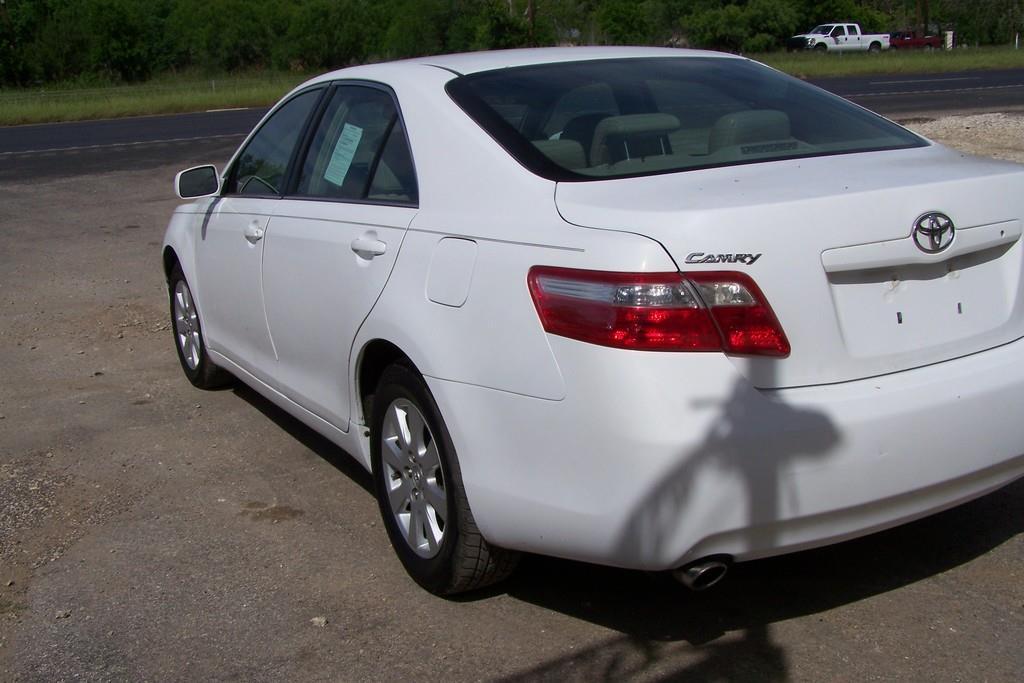 2007 Toyota Camry XLE V6 4dr Sedan - San Antonio TX