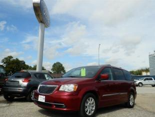 2015 Chrysler Town and Country for sale in Emmetsburg, IA