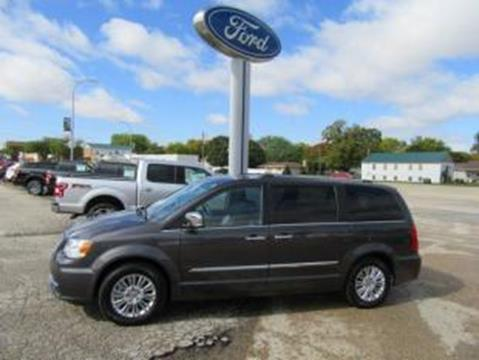 2015 Chrysler Town and Country for sale in Emmetsburg IA