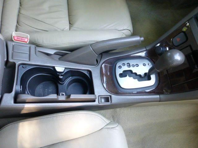 2002 Nissan Maxima GLE 4dr Sedan - Altadena CA
