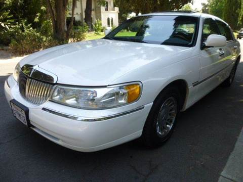 2000 Lincoln Town Car For Sale In Columbia Ky Carsforsale Com