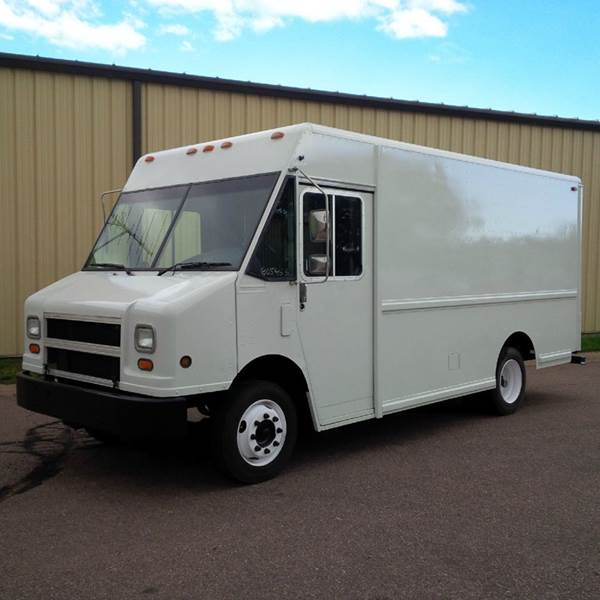 1997 Freightliner MT45 Utilimaster P700 Wide Body - Sioux Falls SD
