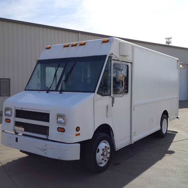 1998 Freightliner MT45 Utilimaster P700 - Sioux Falls SD
