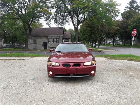 2000 Pontiac Grand Prix for sale in Milwaukee, WI