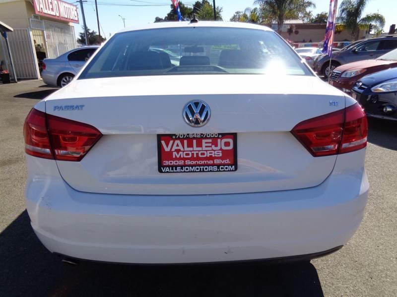 2013 Volkswagen Passat SE PZEV 4dr Sedan 6A w/ Sunroof and Navigation - Vallejo CA