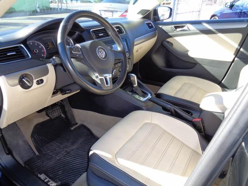 2012 Volkswagen Jetta SEL PZEV 4dr Sedan 6A - Vallejo CA
