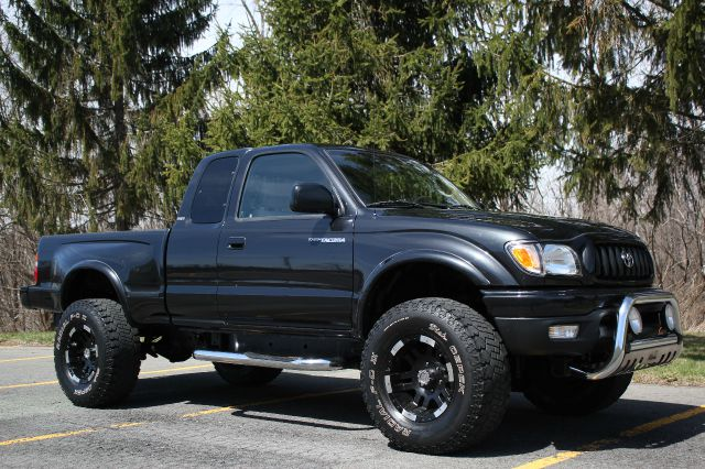 Used 2003 toyota tacoma for sale for Broadway motors rensselaer ny