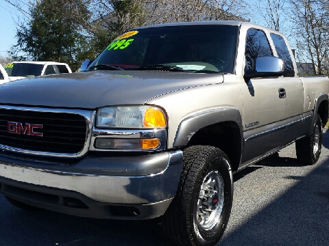 2000 GMC Sierra 2500 for sale in Bristol, TN
